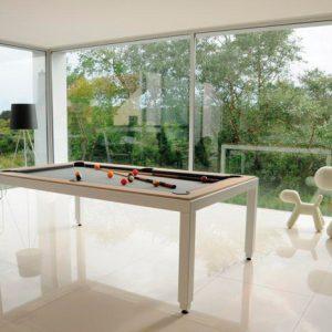 Aramith Pool Tisch